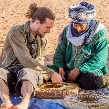 Stage de mise au monde des tambours médecine en itinérance dans le désert marocain